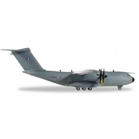 """Airbus A400M Armée de l´Air  ET1/61 """"TOURAINE""""  F-RBBA  Ville d'Orléans 1/200 Herpa  HA 558723"""