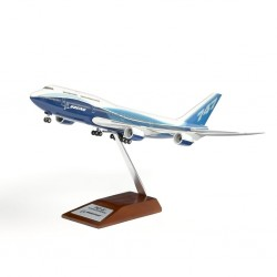 747-8  Modèle Exclusif 1/200