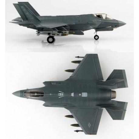 F-35A Lightning II 4thFS Fighting Fuujins Hill AFB  HOBBYMASTER 1/72 HA 4418