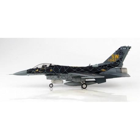 """Lockheed F-16C """"Venom Scheme"""" 94-0047, USAF Demo Team, 2020  1/72 Hobbymaster HA3883"""
