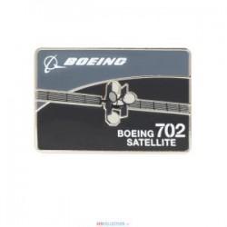 Pins Boeing S12-702-Satellite